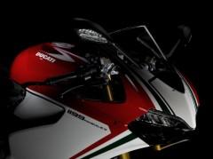 Superbike_1199_Panigale_S_Tricolore_20.jpg_w650.jpg