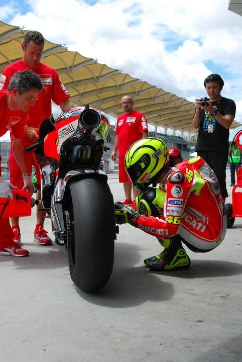 Ducati GP12 Rossi